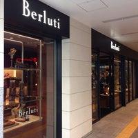 Photo taken at Berluti 大阪高島屋 by Hideshi on 9/6/2014