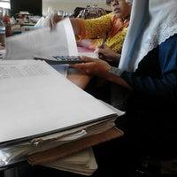 Photo taken at Kantor Pemda Bangkalan by Rizkia Putri Pambayu on 4/16/2014