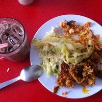 Photo taken at Restoran Kris by Chelsea on 12/5/2013