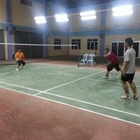 Photo taken at Dewan Badminton Kg. Padang Lalang by Suasrizan ★. on 2/15/2013