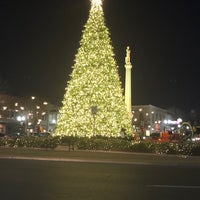 Photo taken at Franklin Square by Dave H. on 12/29/2017
