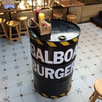 1/19/2014 tarihinde Sinan B.ziyaretçi tarafından Balboa Burger'de çekilen fotoğraf
