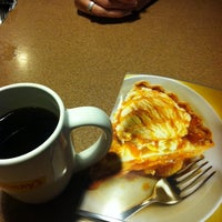 Photo taken at Denny's by Juan R. on 3/5/2014