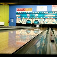 Photo taken at Zelluloos Bowling by Rauno S. on 6/5/2014