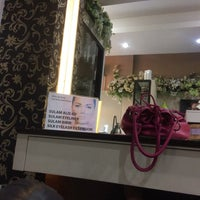 Photo taken at Glam Salon and Beauty Spa by Efrida T. on 1/25/2018