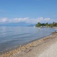 Photo taken at Camping Spiaggia d'Oro by Yvonne H. on 9/26/2017
