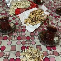 Photo taken at Kamelya Çay Bahcesi by Fatih Y. on 4/13/2018
