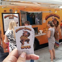 Photo taken at Gorilla Cheese Truck NYC by René G. on 7/10/2013