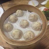 Photo taken at Din Tai Fung (鼎泰豐) by Geoff K. on 3/14/2015