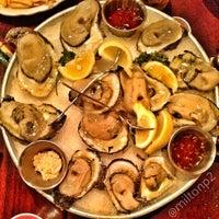 Photo taken at Pappadeaux Seafood Kitchen by Milton on 6/8/2013
