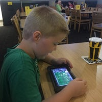 Photo taken at Buffalo Wild Wings Grill & Bar by Tim P. on 7/21/2016