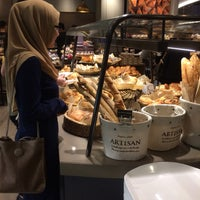 Photo taken at Lavender Bakery & Cake by Erina H. on 11/15/2016