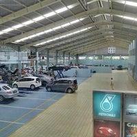 Photo taken at Honda Jakarta Center (PT Imora Motor) by Yudha S. on 12/3/2013