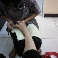 Photo taken at Inan Salon Hair Beauty & Spa by SEPTHIA A. on 9/14/2012
