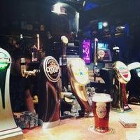 Снимок сделан в Harat's Pub пользователем Tanya E. 11/27/2012