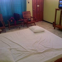 Foto diambil di Hotel Ratna oleh Pong Q. pada 11/2/2014