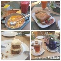 Foto scattata a Trufa Cafetería Gourmet da Karina S. il 12/26/2015