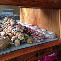 Foto diambil di The Montclair Bread Co oleh Azie S. pada 6/22/2014