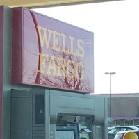 Photo taken at Wells Fargo Bank by Rod on 1/20/2018