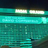 Das Foto wurde bei MGM Grand Hotel & Casino von Angela S. am 6/20/2013 aufgenommen