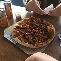 11/18/2017 tarihinde BaTuhan Tuğçe T.ziyaretçi tarafından Domino's Pizza'de çekilen fotoğraf
