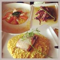 Foto tirada no(a) Douro Preto Restaurante & Lounge Bar por Fernanda S. em 12/23/2013