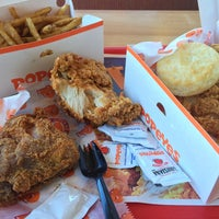 Photo taken at Popeye's Chicken & Biscuits by P Pam P. on 3/11/2015