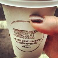 Снимок сделан в Pushcart Coffee пользователем Alexis 10/27/2012