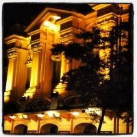6/12/2013 tarihinde Leo R.ziyaretçi tarafından Teatro Renault'de çekilen fotoğraf