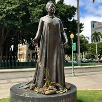 Photo taken at Queen Liliʻuokalani Statue by Scott L. on 10/10/2016