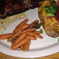 Das Foto wurde bei Pappageorge Restaurant & Bar von Dru$kin am 7/20/2016 aufgenommen