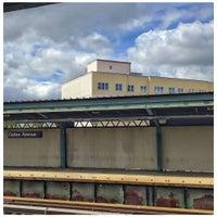 Photo taken at Gates Avenue Station (J) by Owen I. on 5/12/2017