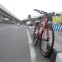 Photo taken at Bunderan Kalibanteng by Argo P. on 8/2/2014