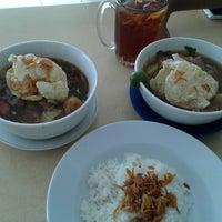Photo taken at Soto Mie Asli Bogor PENUIN by qhomier on 5/4/2014