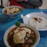 Photo taken at Soto Mie Asli Bogor PENUIN by qhomier on 5/27/2014