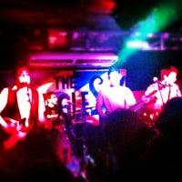 Foto tirada no(a) Stone Pub por Lívia G. em 11/17/2012