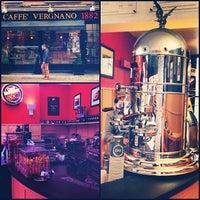 Photo prise au Caffè Vergnano 1882 par Peter B. le1/29/2013