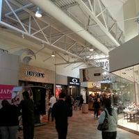 Das Foto wurde bei Great Mall von Thiago W. am 12/2/2012 aufgenommen