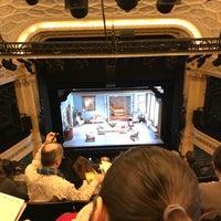 Foto tirada no(a) Hudson Theatre por chris c. em 12/7/2017