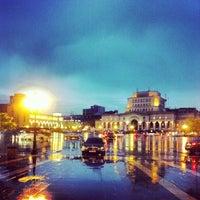 Снимок сделан в Площадь Республики пользователем Ripa H. 5/6/2013