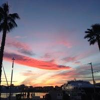 2/10/2013 tarihinde Marivi R.ziyaretçi tarafından Muelle Uno'de çekilen fotoğraf