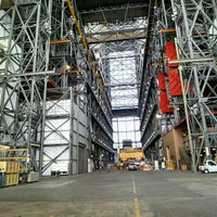 Photo taken at Kennedy Space Center Vehicle Assembly Tour by @jenvargas . on 12/4/2014