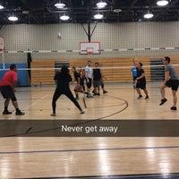 Das Foto wurde bei Brandeis High School von Antoinette B. am 3/10/2017 aufgenommen