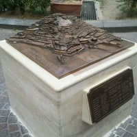 Photo taken at Piazza dei Martiri by Tullio T. on 5/20/2013