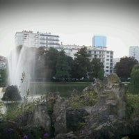 Photo taken at Maria-Louizasquare / Square Marie-Louise by Tullio T. on 9/21/2013