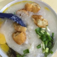Photo taken at Chai Chee Pork Porridge by followLin on 9/30/2015