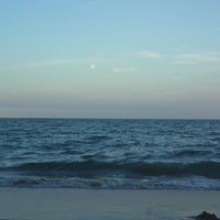 Photo taken at The Beach @Impiana Resort Cherating by Feizal Z. on 3/27/2013
