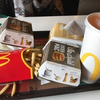 Photo taken at McDonald's by Nosaiba D. on 11/1/2017