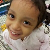 Photo taken at Tesco Hypermarket by Alice P. on 12/8/2012