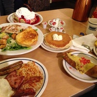 Photo taken at IHOP by cheche m. on 5/28/2013